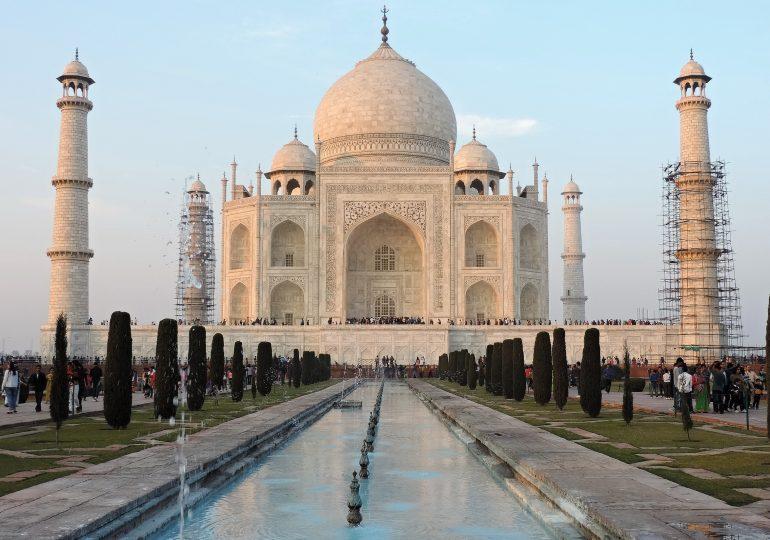 13.Monument Taj Mahal